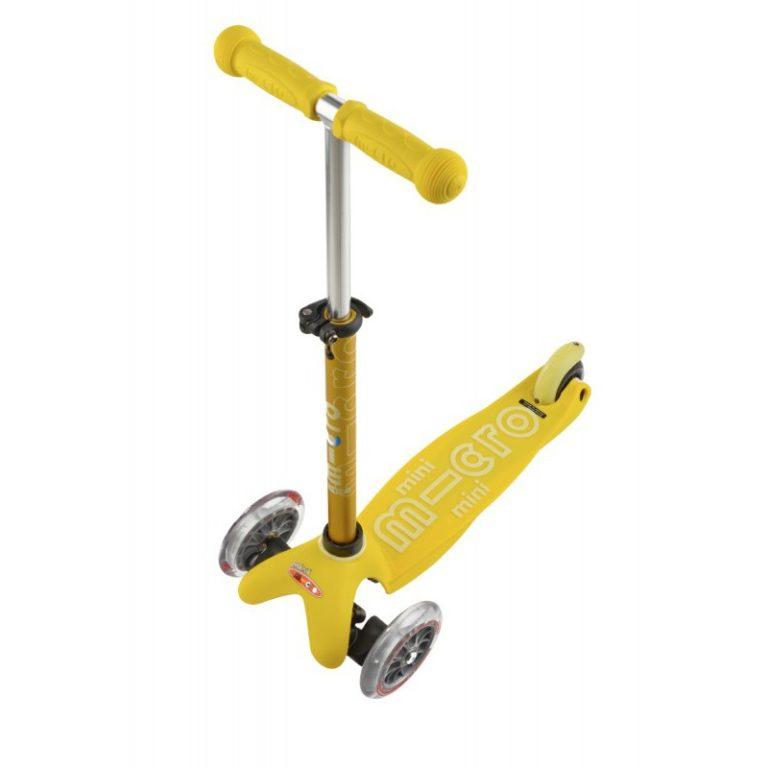 Самокат Mini желтый Micro MMD005 1 768x768 Самокат Mini Micro Deluxe Желтый MMD005
