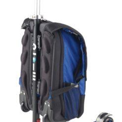maximicro RucksackTbar 4in1 blue AC9008 2 400x400 1 247x247 Самокат трехколесный Maxi Micro 4в1 синий с рюкзаком ручка Т MM0170
